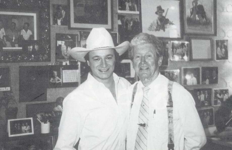 Mark Chesnut and Roy Acuff backstage before Chesnutt's guest appearance on the Grand Ole Opry. Photo: 1991, Metropolitan Beaumont.