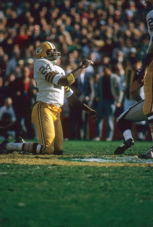 Willie Wood, DB, USC  Wood led the Packers to championships in 1961, '62 and '65. He also helped them win Super Bowl I and II. He was named to eight Pro Bowls, including every season from 1964-70. He was also a seven-time All-Pro selection, including five first-team All-Pro choices.  Notable career stats: 166 games, 48 INTs, 16 fumble recoveries, 1,391 punt return yards and 2 punt return TDs. Photo: Dick Raphael, Sports Illustrated/Getty Images / 1968 Sports Illustrated