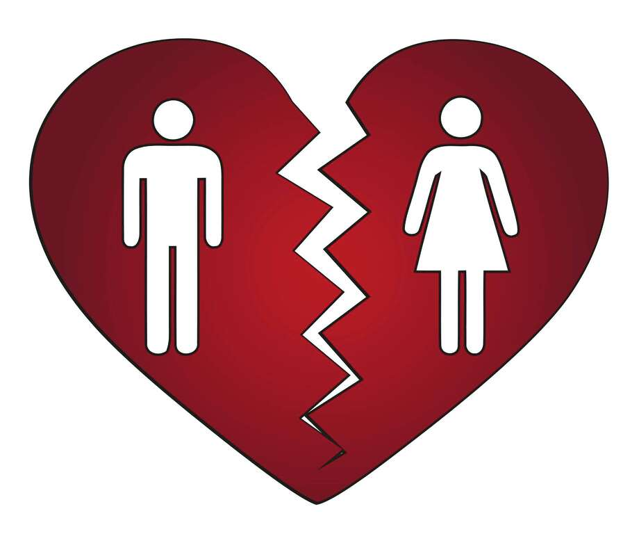 A heart breaks in two in a divorce. Photo: -- / PiXXart Photography - Fotolia