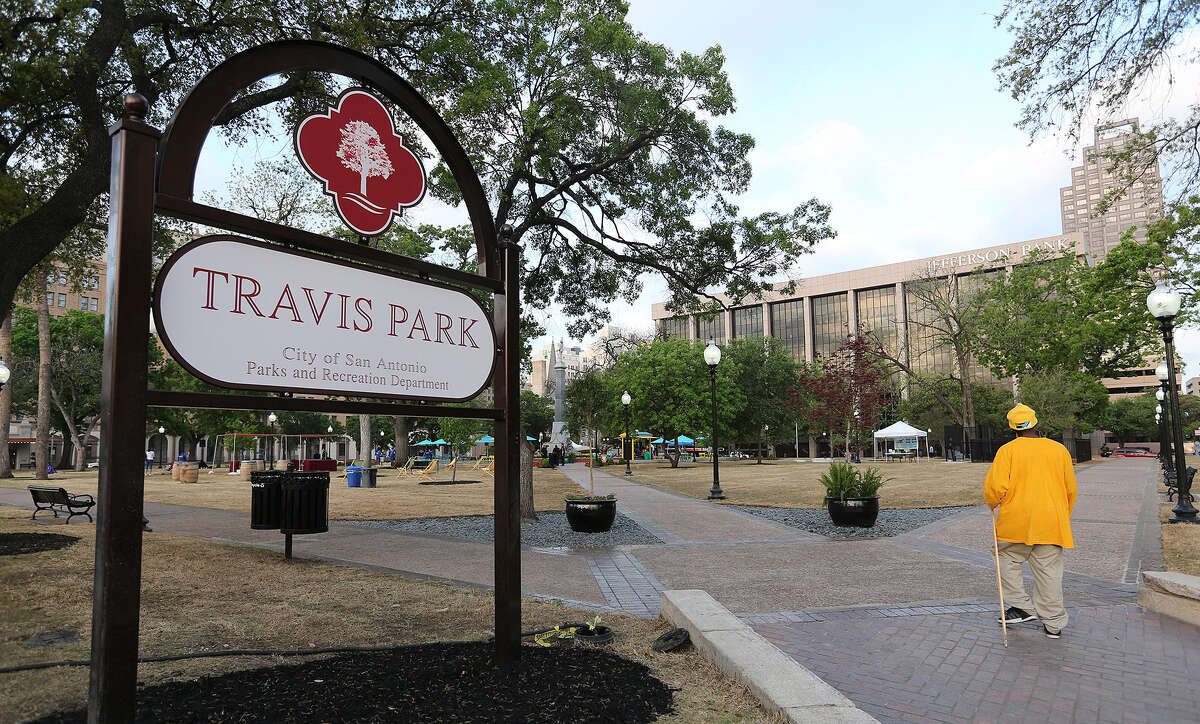 Commenting on the importance of green spaces to the health and vibrancy of a community, a reader welcomes the re-opening of Travis Park.