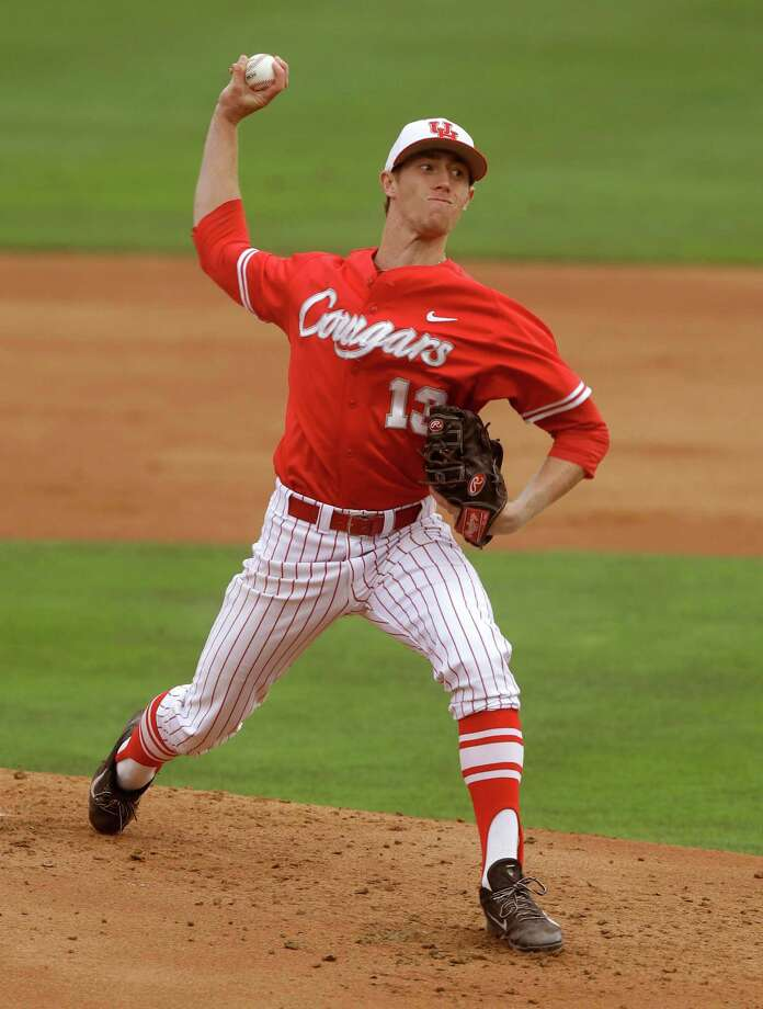 University of Houston pitcher Andrew Lantrip throws in the first inning 