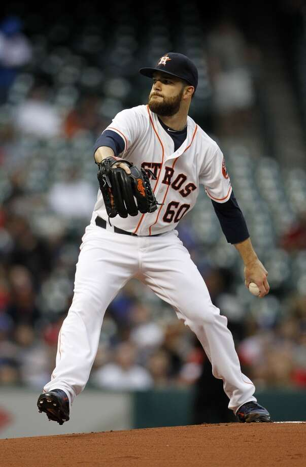 Astros starting pitcher Dallas Keuchel pitches during the first inning against the Rangers. Photo: Karen Warren, Houston Chronicle