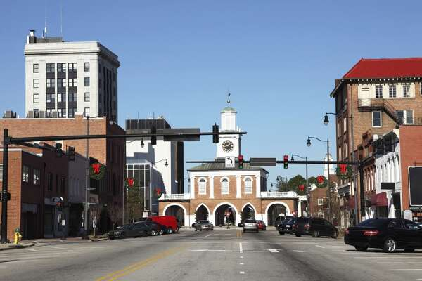8. Worst city: Fayetteville, North Carolina    Quality of life rank:  101  Professional opportunities rank:  147