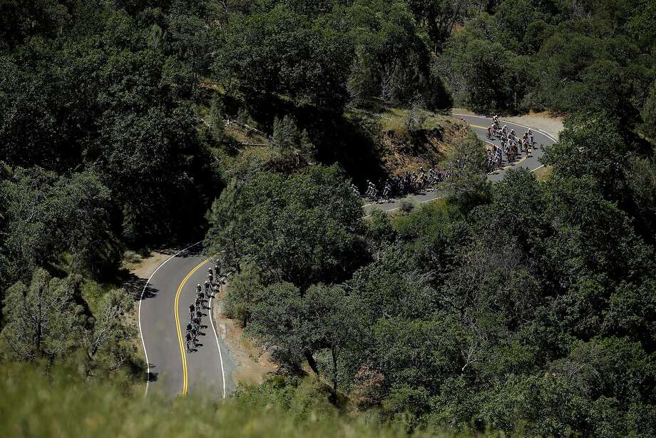 The peloton climbs Mount Hamilton during stage three of the the 2014 Amgen Tour of California from San Jose to Mount Diablo on May 13, 2014 in San Jose. Photo: Ezra Shaw, Getty Images