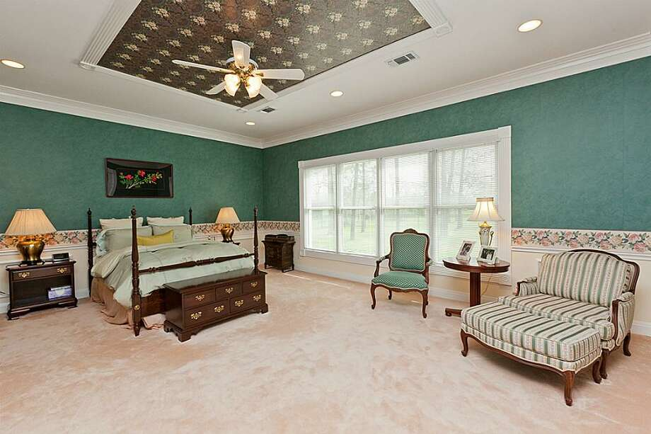 1109 Cowards Creek: This 1993 home has 5 bedrooms, 6.5 bathrooms, 6,799 square feet, and is listed for $2,490,000. Photo: Houston Association Of Realtors