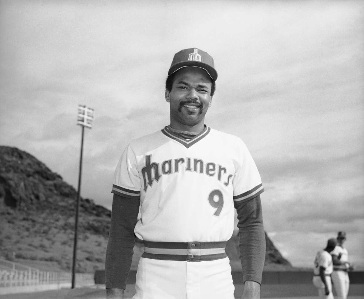 2. 1977 Home This was the Mariners' first home uniform, and I have to admit: they nailed it. While the v-neck style would fade out over the coming decades, the design is clean and timeless and the M-as-trident motif is excellent, to boot. These should come back.