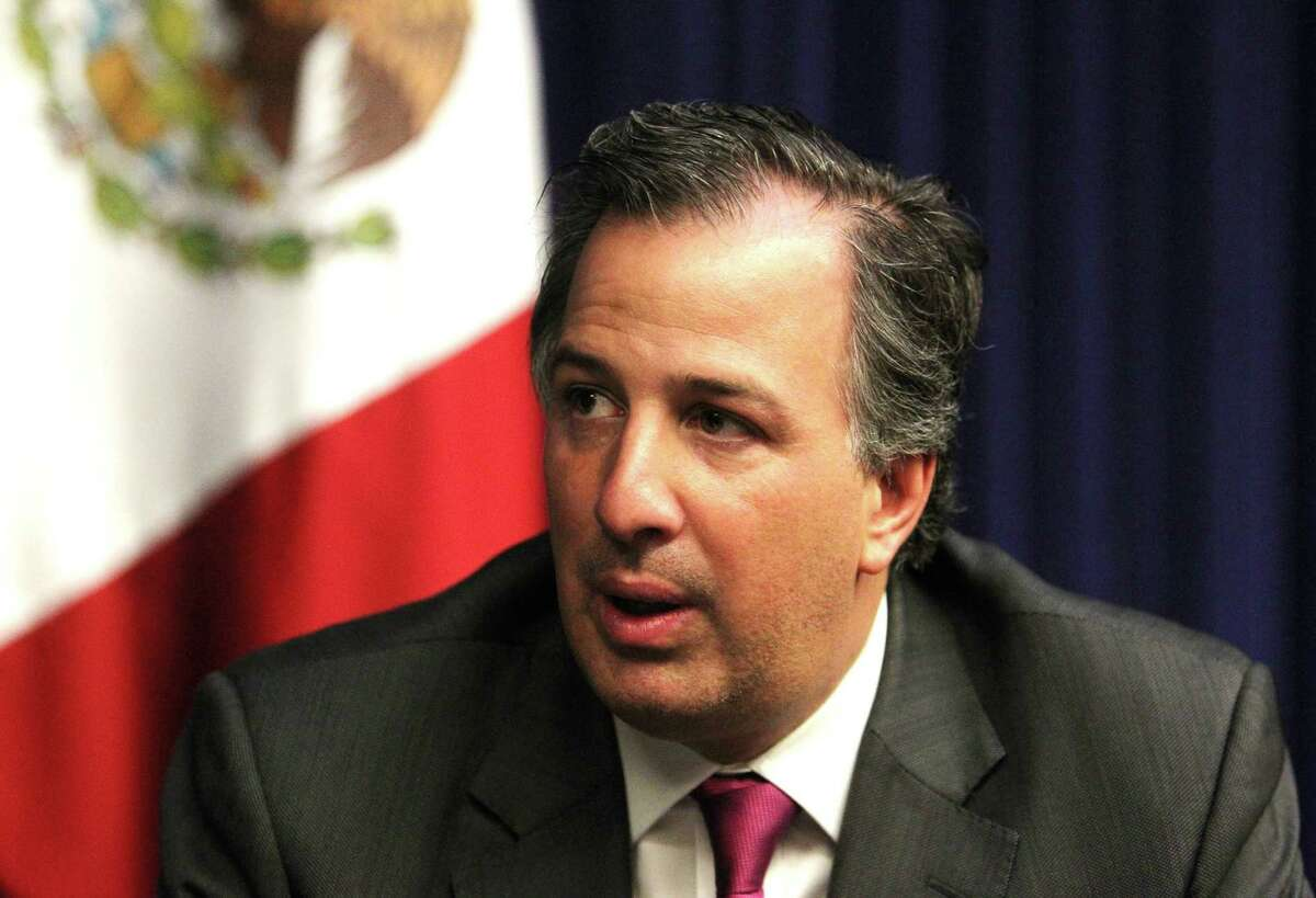 José Antonio Meade Kuribreña points to rising amount direct foreign investment as a sign that companies see Mexico as being serious about tackling security problems.