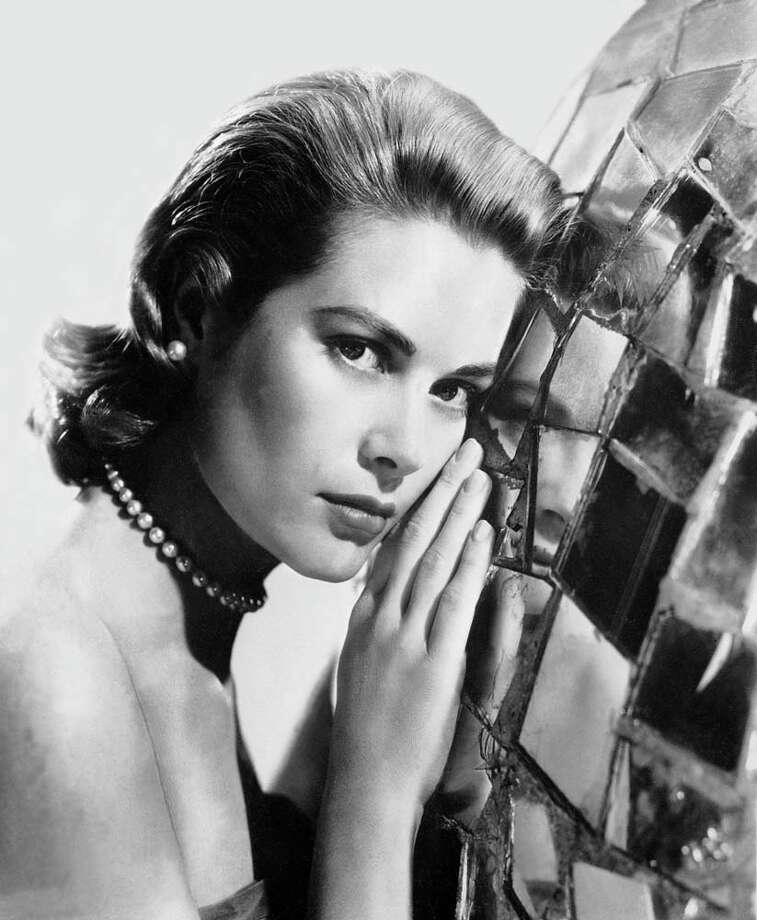 1954/1955:Grace Kelly, while she was Alfred Hitchcock's favorite actress Photo: Keystone-France, Getty / 1954 Keystone-France