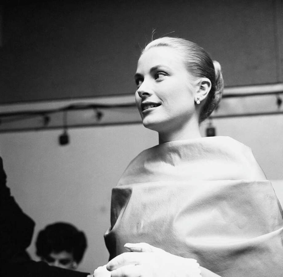 1956:Grace Kelly attends the Academy Awards at the Pantages Theatre in Hollywood. Photo: Michael Ochs Archives, Getty / Michael Ochs Archives
