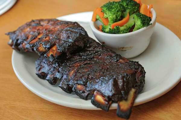 Full slab of ribs at Texas Roadhouse restaurant on Wolf Rd. Thursday, May 8, 2014 in Latham, N.Y.  (ori Van Buren / Times Union)