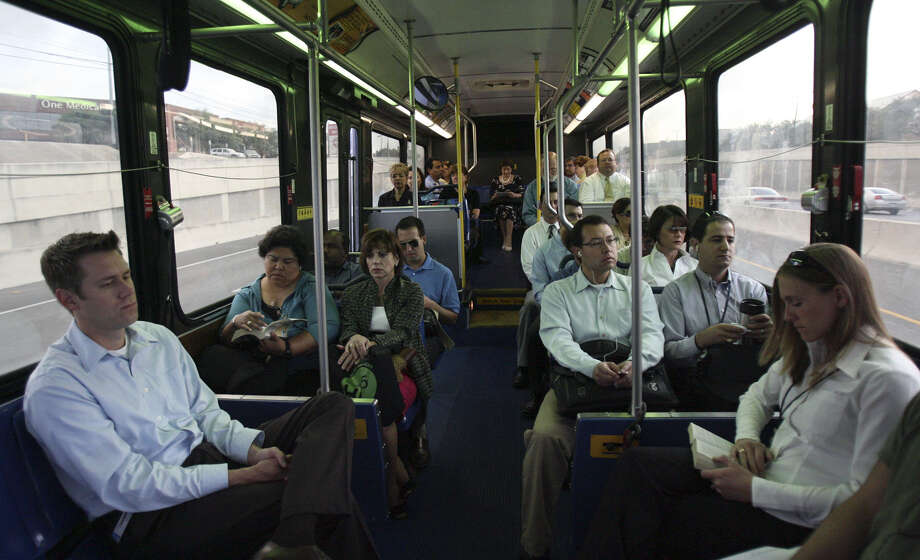 Readers take exception to a recent story about the travails of riding a VIA bus described by an Express-News staffer. Photo: John Davenport / San Antonio Express-News / jdavenport@express-news.net