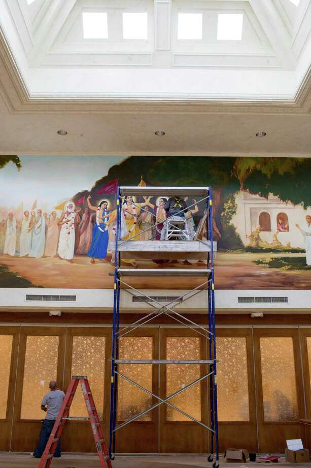 A mural is painted at the Hare Krishna Temple & Cultural Center, May 13, 2014 in Houston. Photo: Eric Kayne, For The Chronicle / Eric Kayne