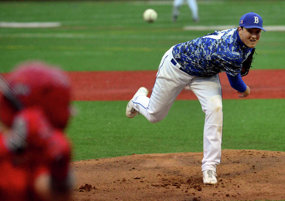 Bunnell's Justin Lasko pitches against Stratford, during baseball action in Stratford, Conn. on Thursday May 15, 2014. Photo: Christian Abraham / Connecticut Post
