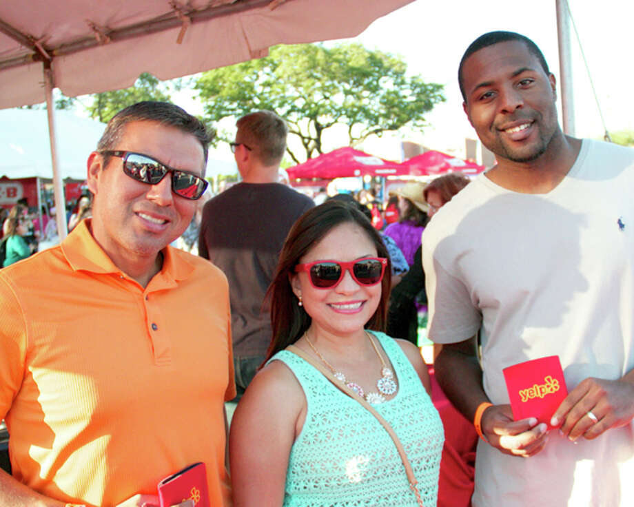 San Antonians enjoyed great food and wine at the Food Truck Event, which is part of the Culinaria wine and food festival. Photo: 0320412472, By DeAnne Cuellar, For MySA.com