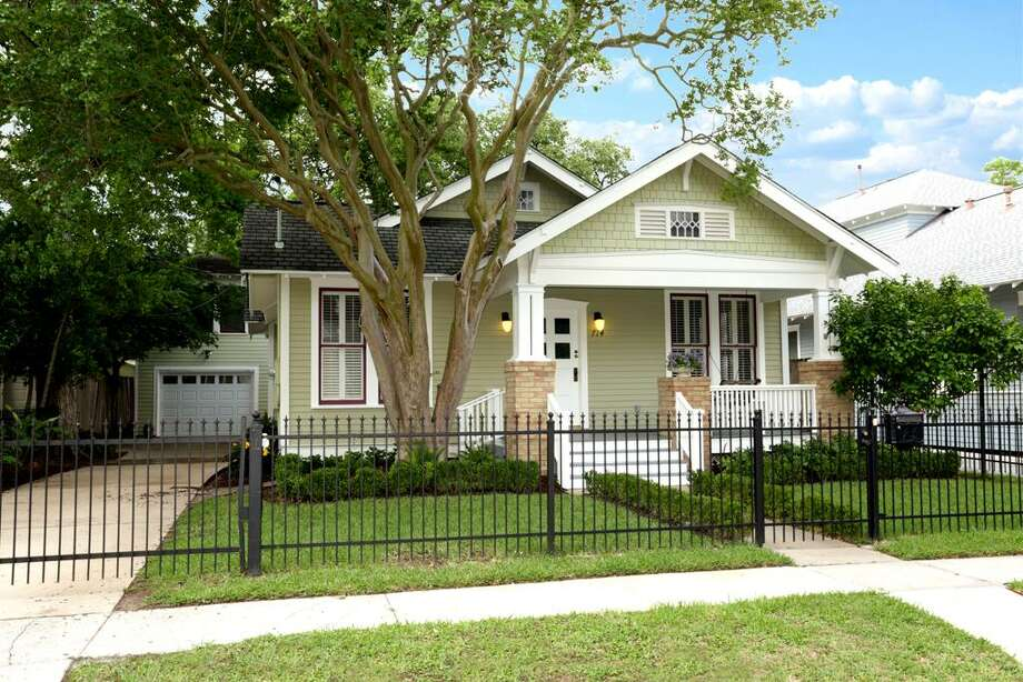 714 Highland: This 1909 home has 2 bedrooms, 2 bathrooms, and 1,563 square feet. Listed for $625,000. Open house: 5/18/2014, 2 p.m. to 4 p.m. Photo: Houston Association Of Realtors
