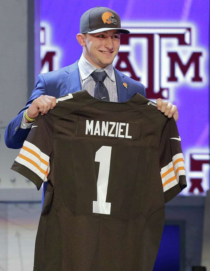 Johnny Manziel has yet to take a snap from under center as an NFL quarterback, but already his Cleveland Browns jersey is the best selling jersey in the league. Here is the current Top 10 best-selling NFL jerseys ...  Photo: Frank Franklin II, STF / AP