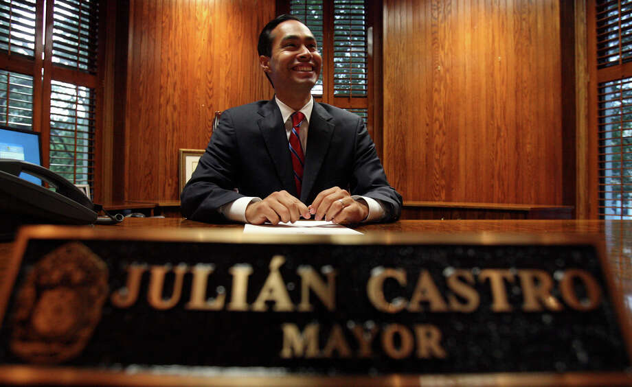 Mayor Julián Castro beams in his office at City Hall on his first day on the job on May 31, 2009. Photo: JOHN DAVENPORT, SAN ANTONIO EXPRESS-NEWS / jdavenport@express-news.net