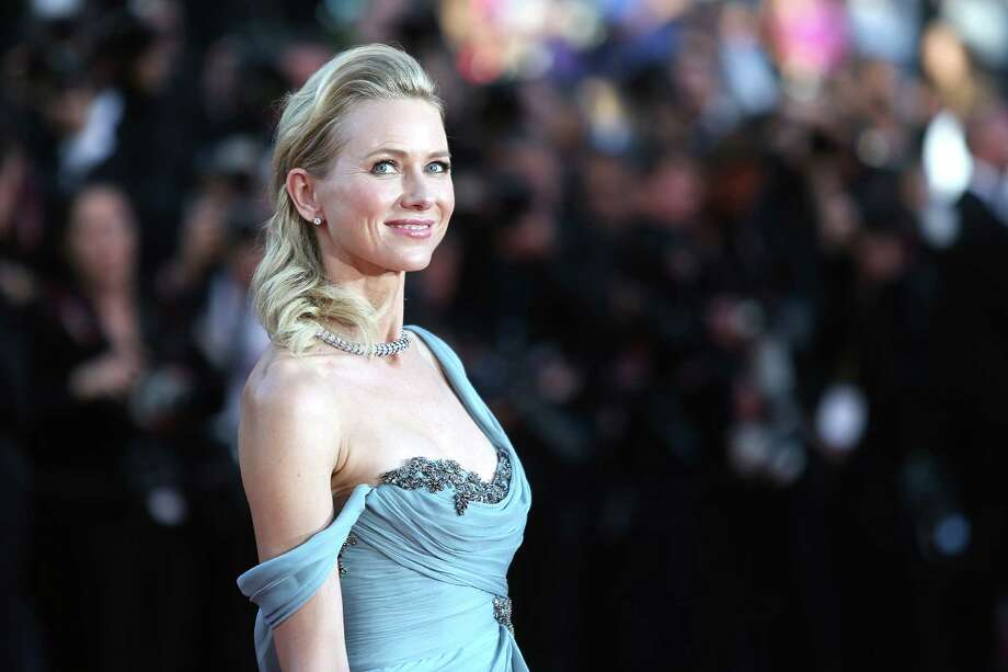 Actress Naomi Watts poses for photographers on the red carpet for the screening of How To Train Your Dragon 2 at the 67th international film festival, Cannes, southern France, Friday, May 16, 2014. Photo: Joel Ryan, Joel Ryan/Invision/AP / Invision