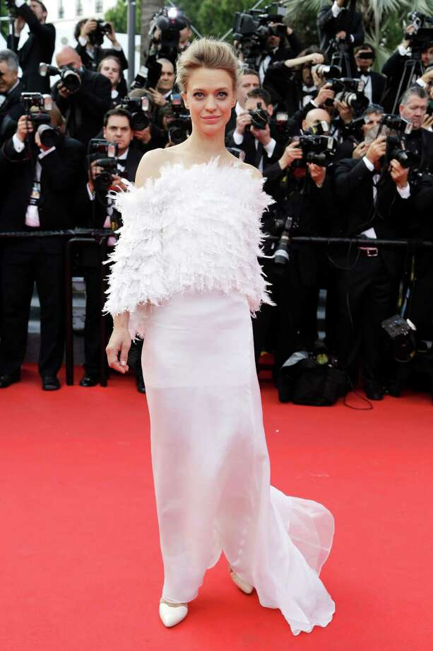 Actress Heike Makatsch- Looks a little cuckoo in this feathered getup. Photo: Thibault Camus, AP / AP