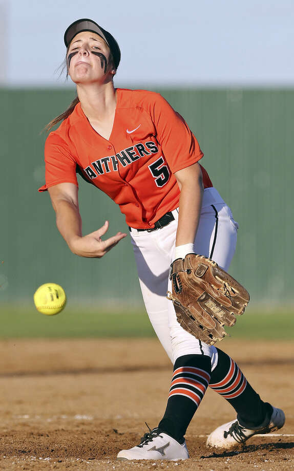 The Panthers' KyLee DeCock delivers a pitch Friday. After earning the win in Game 1 on Thursday, she closed out Game 2 and the series with two scoreless innings. Photo: Photos By Edward A. Ornelas / San Antonio Express-News / © 2014 San Antonio Express-News
