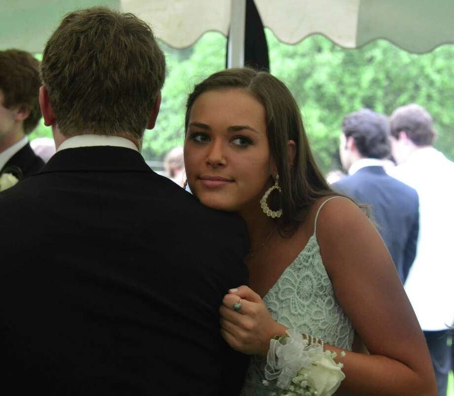 Nina Potter at a New Canaan High School senior pre-prom party on May 16, 2014. Photo: Jeanna Petersen Shepard, Freelance Photo / New Canaan News freelance