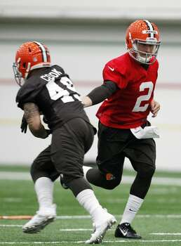 BEREA, OH - MAY 17:  Cleveland Browns draft pick Johnny Manziel #2 works out during the Cleveland Browns rookie minicamp on May 17, 2014 at the Browns training  facility in Berea, Ohio.  (Photo by David Maxwell/Getty Images) Photo: David Maxwell, Getty Images