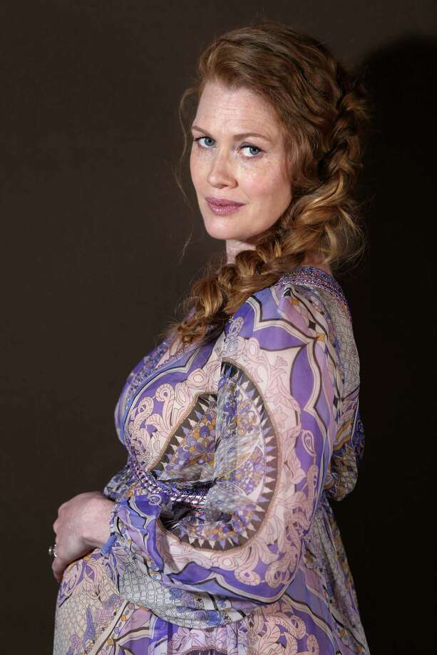 Actor Mireille Enos poses for a portrait for the film Captives at the 67th international film festival, Cannes, southern France, Saturday, May 17, 2014. Photo: Joel Ryan, Joel Ryan/Invision/AP / Invision