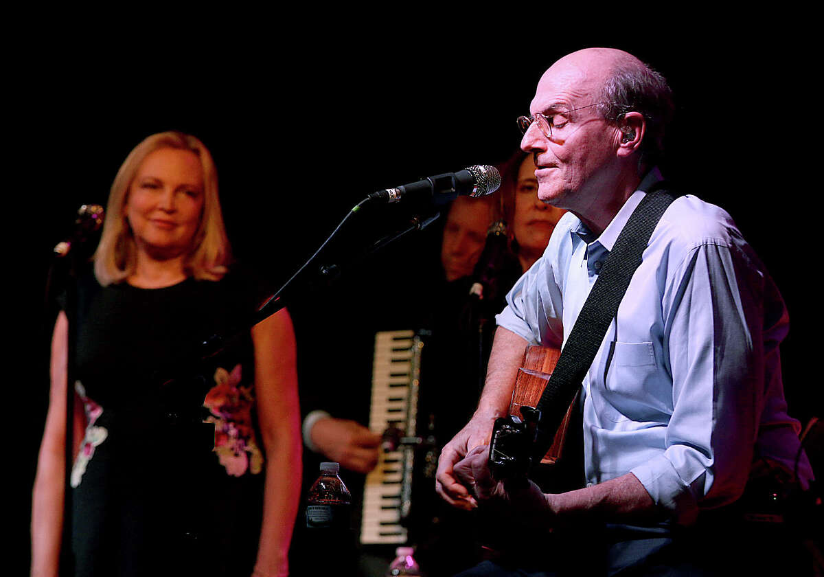 Were you Seen at the Albany Academies Bicentennial Concert with James Taylor, Kim Hessberg Taylor '71 and Friends at the Albany Academies in Albany on Saturday, May 17, 2014?