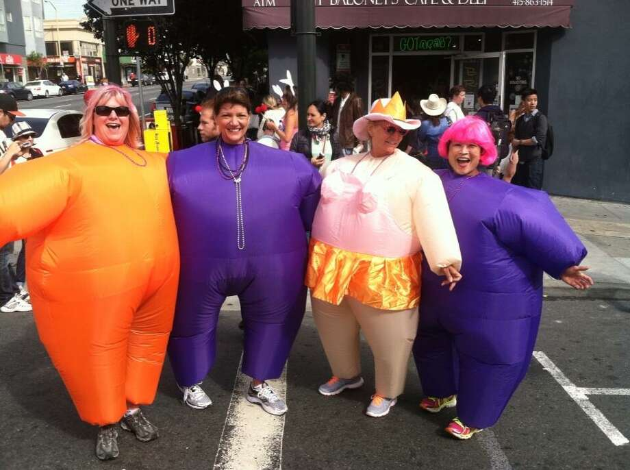 Big girls at the 2014 Bay to Breakers. Photo: Evan Sernoffsky, The Chronicle