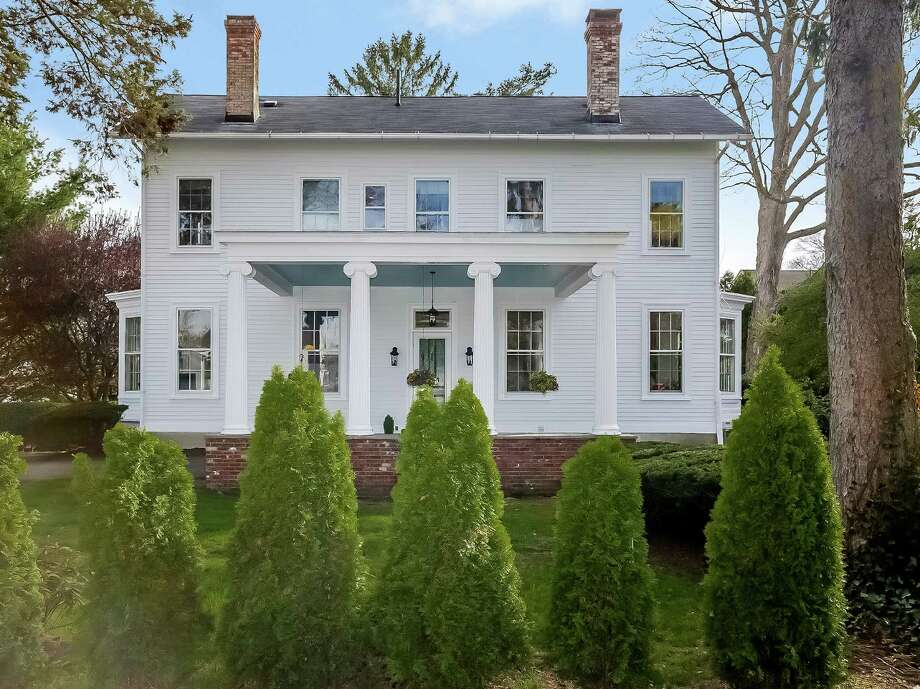 The house at 401 Old Post Road is on the market for $1,199,000. Photo: Contributed Photo / Fairfield Citizen