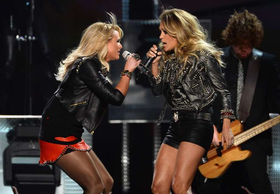 Recording artists Miranda Lambert (L) and Carrie Underwood perform onstage during the 2014 Billboard Music Awards at the MGM Grand Garden Arena on May 18, 2014 in Las Vegas, Nevada. Photo: Ethan Miller, Getty Images