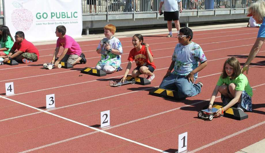 Helotes Students Take First Place At Solar Races San