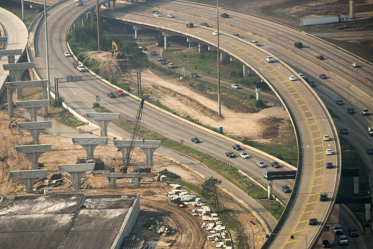 Construction on the interchange of Interstate 610 and U.S. 290 on May 17, 2013. ( Smiley N. Pool / Houston Chronicle )