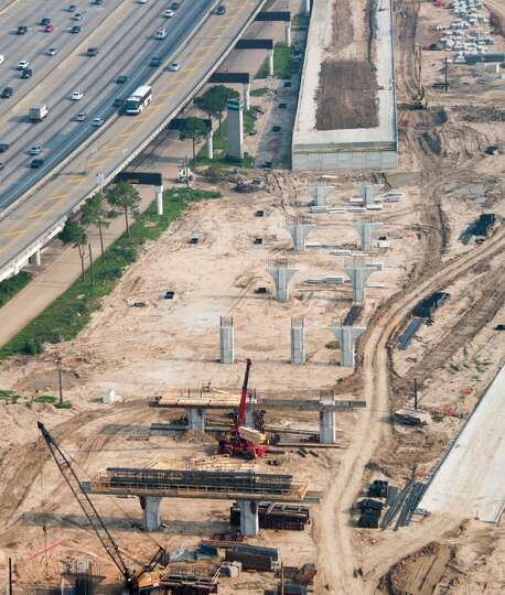 Construction at interchange of 610 Loop and Highway 290 on Friday, May 17, 2013, in Houston. ( Smile