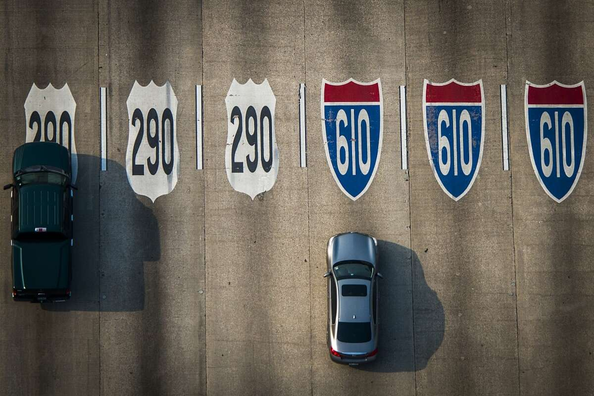 Traffic on Loop 610 at U.S. 290 on Friday, May 17, 2013, in Houston. ( Smiley N. Pool / Houston Chronicle )