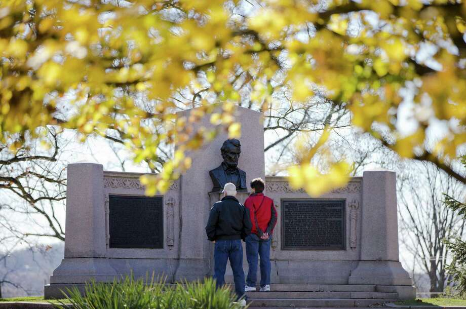 One reason the Gettysburg National Cemetery seems more dignified than the Alamo, one reader states, is that the  landmark is operated by the National Park Service. Photo: Matt Rourke / Associated Press / AP