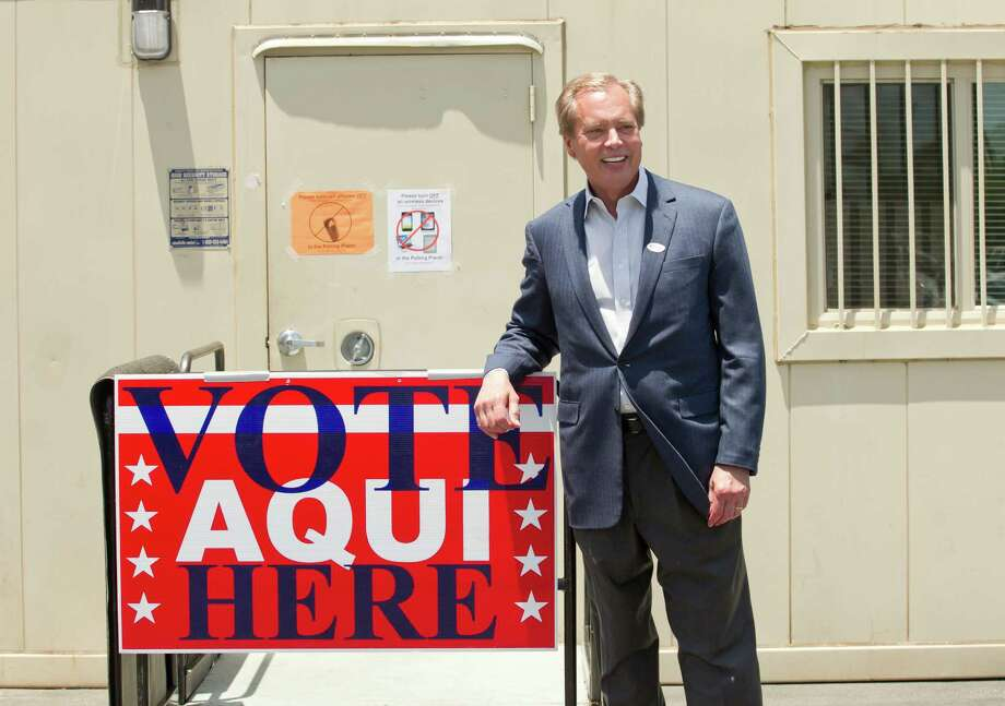May 19, 2014: Lt. Gov. David Dewhurst cast his runoff vote Monday in Austin. Photo: Jay Janner, MBO / Austin American-Statesman