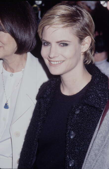 Jennifer Jason Leigh at the premiere of 'Georgia', Samuel Goldwyn Theater, Beverly Hills, 27th November 1995.  This is the best of Leigh's 1990s showcases, but several are worth seeing -- SINGLE WHITE FEMALE, MRS. PARKER AND THE VICIOUS CIRCLE and DOLORES CLAIBORNE. Photo: Time & Life Pictures, Time Life Pictures/Getty Images / Time & Life Pictures