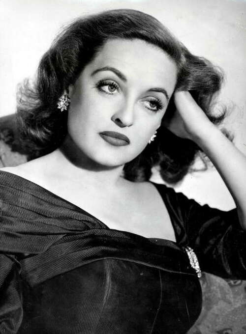 Bette Davis at her best and most Davis-like in ALL ABOUT EVE. Photo: Paul Popper/Popperfoto, Popperfoto/Getty Images / Popperfoto