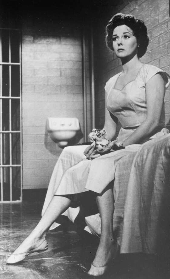 Susan Hayward was at her best playing raucous, desperate women.  See her in I WANT TO LIVE, as a woman wrongly accused and convicted of murder.