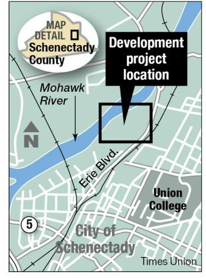 The location where the Galesi Group hopes to building housing, stores and a casino in Schenectady. (Times Union)