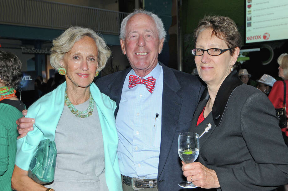 Wendy and Richard Hokin, of Darien, with Maritime Aquarium President Jennifer Herring enjoy each otherâÄôs company at the cocktail reception during the Maritime Aquarium at NorwalkâÄôs âÄúCirque de la MerâÄù fundraising gala in April. Richard Hokin is a longtime member of the aquariumâÄôs board of trustees. Photo: Contributed Photo, Contributed / Darien News