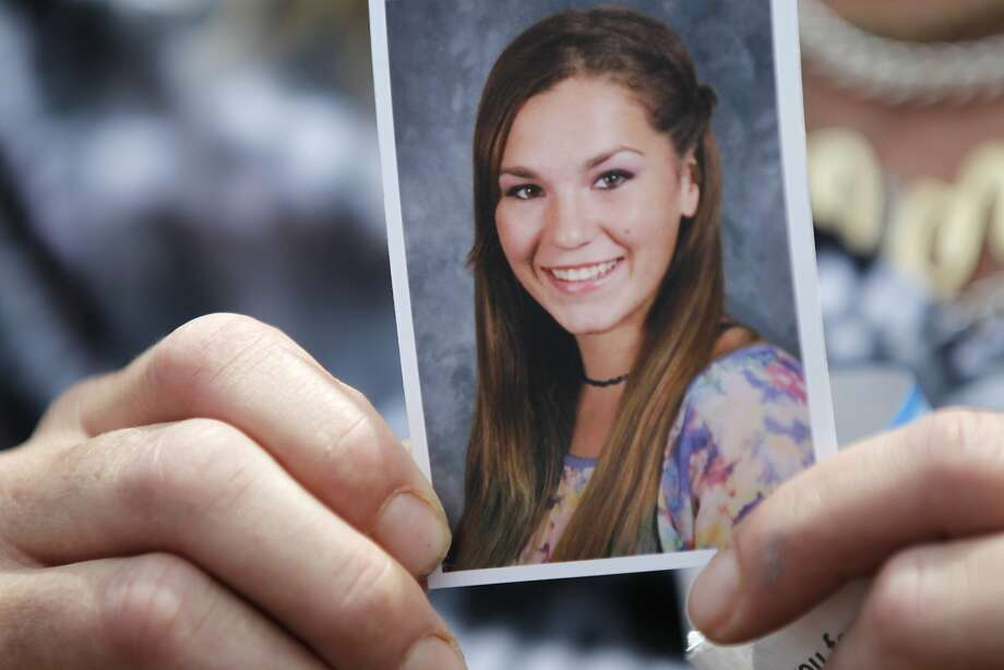 Brittney Silva, 18, was killed while talking on her phone. Photo: Leah Millis, The Chronicle