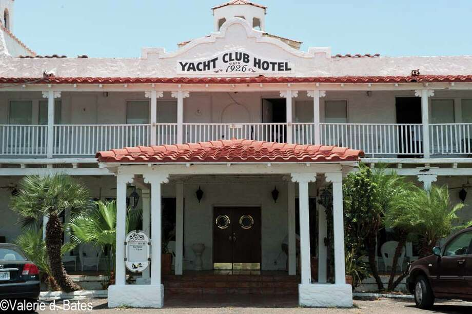 Port Isabel Yacht Club (Cameron County)It was built in 1926 on the Intracoastal Waterway and hosted famous guests like Al Capone and Amelia Earhart.  Photo: Valerie D. Bates, Preservation Texas / © Valerie D. Bates