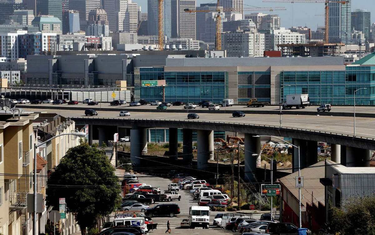 Interstate 280 as seen from Potrero Hill.