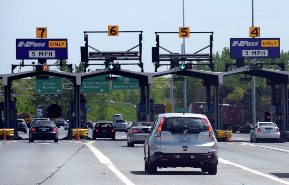 Traffic exits at the 24 exchange on the New York State Thruway Wednesday afternoon May 21, 2014 in Albany, N.Y. (Skip Dickstein / Times Union)