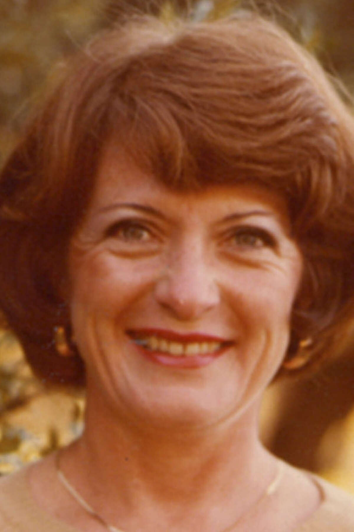 Earlene Barton French's travels included visits to Mexico, Europe, and the West and East coasts.