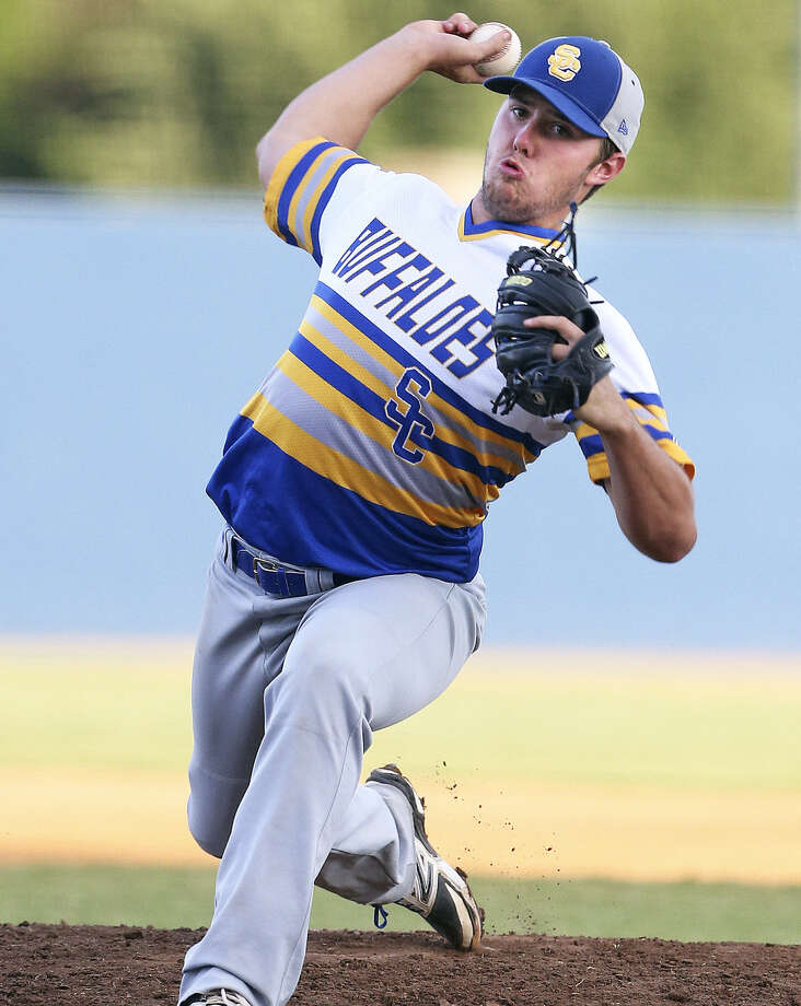 Senior pitcher J.J. Elkins says doing the little things has carried the Buffaloes on their deepest playoff run. Photo: Tom Reel / San Antonio Express-News