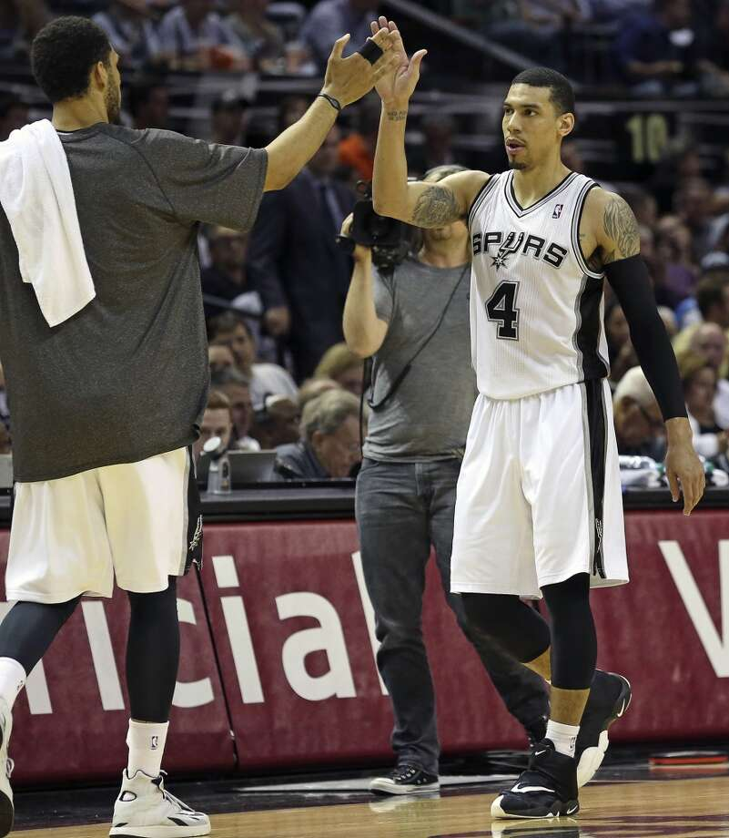 Danny Green takes a high five as he finishes his game as the San Antonio Spurs play the Oklahoma City Thunder in game 2 of the Western Conference Finals at the AT&T Center on May 21, 2014. (Tom Reel/Express-News) Photo: TOM REEL