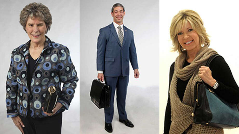 "Get a sneak peek inside the bags of San Antonio women and men as they share what they can't live without.For more on these San Antonians, read Lainey Berkus' weekly ""What's in the Bag"" column on our subscriber site ExpressNews.com."